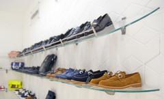 Магазин обуви 12. Обувной отдел детского торгового центра ВИННИ