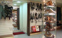 Торговое оборудование ОХОТА И РЫБАЛКА одежда оружейного салона На Люсиновской Фото 09