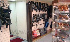 Торговое оборудование ОХОТА И РЫБАЛКА одежда оружейного салона На Люсиновской Фото 10