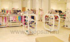 Торговое оборудование отдела обуви магазина Винни ТЦ Dream House Фото 01