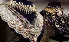 Фото украшений из бутика женской одежды Михаль Негрин Крокус Сити Мол Фото 15