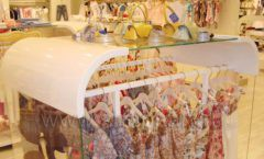 Торговое оборудование 21 ВЕК для детского магазина Винни одежда ТЦ Dream House Фото 10