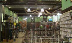 Торговое оборудование ОХОТА И РЫБАЛКА одежда для рыбалки Рыбомания Фото 10