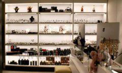 Торговое оборудование для косметики салона красоты DESSANGE Ленинский проспект коллекция ПУДРА Фото 12