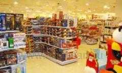 Торговое оборудование отдела игрушек магазина Винни ТЦ Dream House ЦВЕТНЫЕ МЕТАЛЛИЧЕСКИЕ СТЕЛЛАЖИ Фото 03
