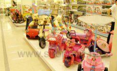 Торговое оборудование отдела игрушек детского магазина Винни ТЦ Юнимолл ЦВЕТНЫЕ МЕТАЛЛИЧЕСКИЕ СТЕЛЛАЖИ Фото 32