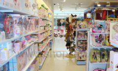 Торговое оборудование отдела игрушек детского магазина Винни ТЦ Dream House ЦВЕТНЫЕ МЕТАЛЛИЧЕСКИЕ СТЕЛЛАЖИ Фото 05