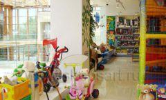 Торговое оборудование отдела игрушек детского магазина Винни ТЦ Dream House ЦВЕТНЫЕ МЕТАЛЛИЧЕСКИЕ СТЕЛЛАЖИ Фото 10