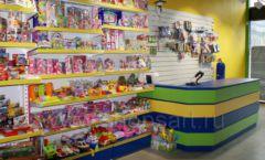 Торговое оборудование магазина в Green park ЦВЕТНЫЕ МЕТАЛЛИЧЕСКИЕ СТЕЛЛАЖИ Фото 07