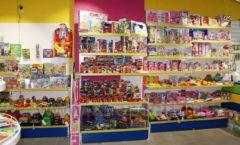 Торговое оборудование магазина в Green park ЦВЕТНЫЕ МЕТАЛЛИЧЕСКИЕ СТЕЛЛАЖИ Фото 11