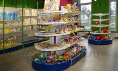 Торговое оборудование магазина в Green park ЦВЕТНЫЕ МЕТАЛЛИЧЕСКИЕ СТЕЛЛАЖИ Фото 22