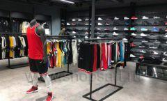 Торговое оборудование магазина одежды Funky Dunky ЛОФТ Фото 15