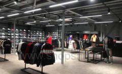 Торговое оборудование магазина одежды Funky Dunky ЛОФТ Фото 37