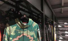 Торговое оборудование магазина одежды Funky Dunky ЛОФТ Фото 40