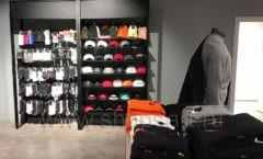 Торговое оборудование магазина одежды Funky Dunky ЛОФТ Фото 42