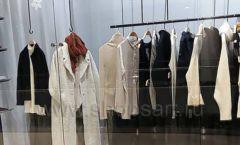 Торговое оборудование магазина одежды Yuki Yan ЛОФТ Фото 2