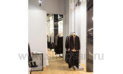 Торговое оборудование магазина одежды Yuki Yan ЛОФТ Фото 4