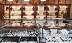 Торговое оборудование для ювелирного магазина Сувенир Парк Москва КОРИЧНЕВАЯ КЛАССИКА Фото 23