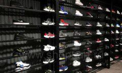 Торговое оборудование магазина обуви Funky Dunky СТИЛЬ ЛОФТ Фото 08