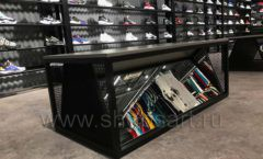 Торговое оборудование магазина обуви Funky Dunky СТИЛЬ ЛОФТ Фото 09