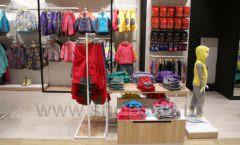 Торговое оборудование детского сетевого магазина OLDOS KIDS ТРК Красный Кит РАДУГА Фото 18
