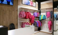 Торговое оборудование детского сетевого магазина OLDOS KIDS ТРК Красный Кит РАДУГА Фото 23