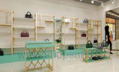 Дизайн интерьера магазина сумок торговое оборудование ТИФФАНИ Дизайн 05