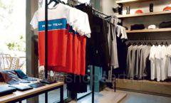 Торговое оборудование бутика спортивной одежды PUTIN TEAM коллекция ЛОФТ Фото 01