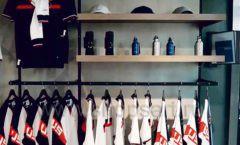 Торговое оборудование бутика спортивной одежды PUTIN TEAM коллекция ЛОФТ Фото 02