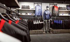 Торговое оборудование бутика спортивной одежды PUTIN TEAM коллекция ЛОФТ Фото 04