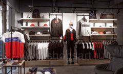 Торговое оборудование бутика спортивной одежды PUTIN TEAM коллекция ЛОФТ Фото 07