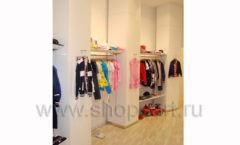 Торговое оборудование детского магазина Винни одежда ТЦ Dream House коллекция 21 ВЕК Фото 17